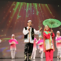 Chinese Cultural Experience Gala: Song - Flower and Youth